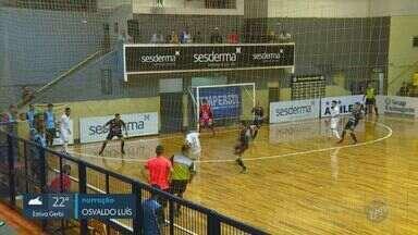 Pulo do Gato ganha mais uma e segue invicto na Liga Estadual de Futsal - Partida aconteceu no ginásio Rogê Ferreira, na noite da última terça-feira (27), contra a equipe de Taboão da Serra.