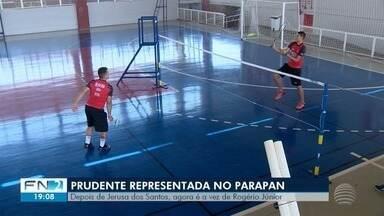 Rogério Júnior se prepara para a estreia no Parapan-Americano - Disputas do parabadminton começam nesta quinta-feira (29).