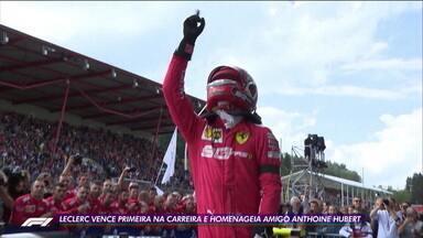 Leclerc vence primeira vez na carreira e homenageia amigo Anthoine Hubert - Leclerc vence primeira vez na carreira e homenageia amigo Anthoine Hubert