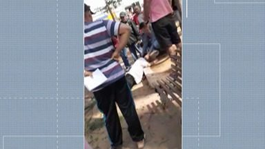 Homem atingido por galho de árvore em Itaquaquecetuba morre em hospital - Ele tinha 58 anos e estava no Hospital Santa Marcelina.