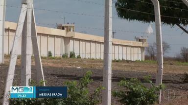 PM tenta recapturar detentos que fugiram da penitenciária de Francisco Sá - Trio fugiu de unidade de segurança máxima.