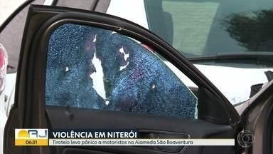 """Tiroteio leva pânico a motoristas em Niterói - Policiais do programa """"Niterói Presente"""" entraram em confronto com bandidos."""