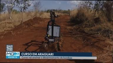 Exército de Araguari recebe intercâmbio de curso de desarmamento de bombas - Cadetes da Academia Militar das Agulhas Negras e militares norte-americanos estão em Araguari para ministrar e avaliar o treinamento.