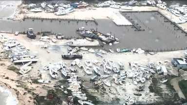 Furacão Dorian se aproxima da costa leste americana - Tempestade destruiu ou danificou metade das casas de duas ilhas das Bahamas