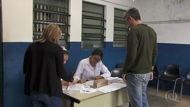 Sobe número de casos de sarampo no estado e na capital paulista - Em uma semana no estado, o número de casos passou de 2.457 para quase 3 mil. Um aumento de 21%. Na Capital também houve alta; subiu de 1.637 para 1.883 casos.