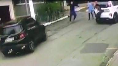 Homem é baleado na cabeça durante tentativa de assalto, em São Paulo - Ele voltava para casa com filho de dois anos no carro.
