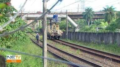 Sem funcionar por mais de 24 horas, 5 estações do Metrô do Recife voltam a operar - Problema foi causado pelo rompimento de um cabo e afetou 25 mil passageiros.