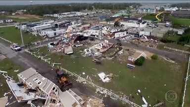 Furacão Dorian chega aos Estados Unidos - Tempestade provocou ventos de 150 km/h e mais de uma dezena de tornados na Carolina do Norte.
