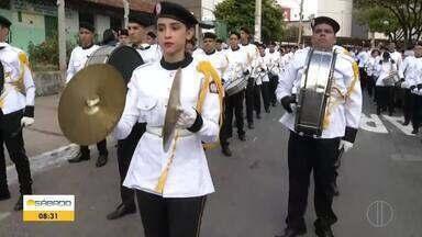 Bom Dia Sábado mostra desfile de Sete de Setembro, ao vivo, em Montes Claros - Tradição atraiu milhares de pessoas para a Avenida Deputado Esteves Rodrigues, no Dia da Independência.