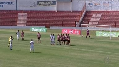 Em casa, Linense empata com o Desportivo Brasil - Pela Copa Paulista, o Linense empatou em casa com o Desportivo Brasil no último domingo (8). Confira os detalhes da partida.