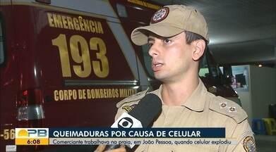 Celular explode e queima comerciante em praia de João Pessoa - Mulher sofreu queimaduras de segundo grau e foi socorrida para o Hospital de Trauma.