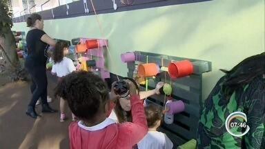 Escola de São José cria parque sonoro - Instrumentos foram feitos pelos alunos em sala de aula