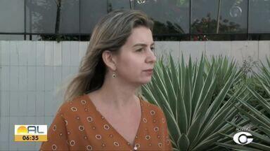 Ciclo de palestras capacita trabalhadores para o mercado de trabalho - Palestras são gratuitas, como explica a gestora de RH, Elizandra Peixoto.