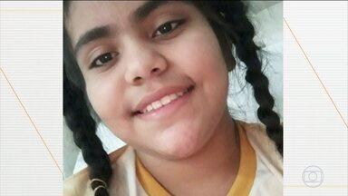 Madrasta é presa acusada de envenenar criança durante dois meses, em Cuiabá - A menina, de 11 anos, morreu no dia 14 de junho. A madrasta nega o crime.