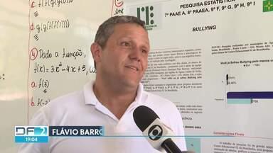 Ideia de professor de escola pública ajuda no combate ao bullying - O professor de uma escola de Brazlândia teve uma ideia diferente para ensinar Matemática para os alunos.