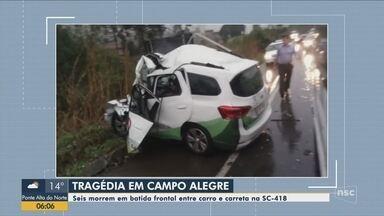 Acidente entre carro e carreta deixa mortos no Norte de SC - Acidente entre carro e carreta deixa mortos no Norte de SC