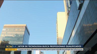 Setor de tecnologia busca profissionais qualificados - Cursos na área oferecem conteúdos para quem estuda tecnologia da informação.