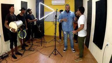 'Alto-falante' contou a história do cantor Marcelinho Gomes - Parte 2 - 'Alto-falante' contou a história do cantor Marcelinho Gomes - Parte 2