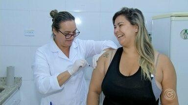 Araçariguama realiza dia de vacinação contra o sarampo - Este sábado é o dia de vacinação contra o sarampo, em Araçariguama. As doses da vacina estão disponíveis até as 16h em duas unidades básicas de saúde da cidade.