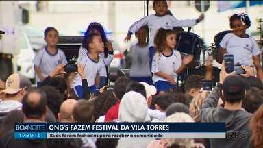 Entidades Sociais fazem festival cultural na Vila Torres - Ruas foram fechadas para receber a comunidade.