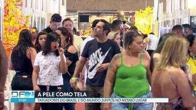Feira da tatuagem reúne profissionais de todo o Brasil - O evento termina neste domingo (15), a meia-noite. A entrada custa R$ 60 a inteira. O vencedor do concurso da melhor tatuagem vai receber R$ 10 mil. No local, as pessoas ainda vão encontrar música, comida e bebida e espaço para as crianças.