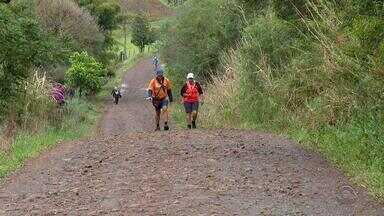 Grupo de peregrinos conclui trajeto de mais de 700 quilômetros no RS - Intenção era fazer o caminhos das Missões.