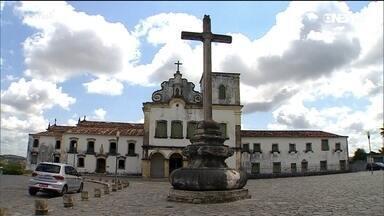 A história de destruição e reconstrução de São Cristóvão