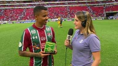 """Eleito craque do jogo, Allan fala que vitória do Fluminense sobre o Corinthians: """"Foi só um ufa"""" - Eleito craque do jogo, Allan fala que vitória do Fluminense sobre o Corinthians: """"Foi só um ufa"""""""