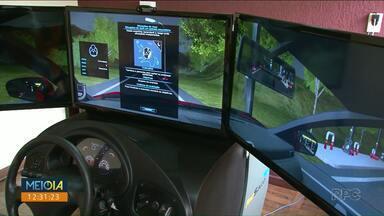 Simulador não é mais obrigatório nas autoescolas - Aulas de carro têm carga horária reduzida e simulador é opcional.