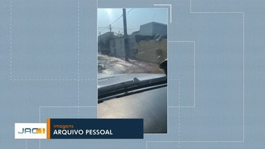 Depasa trabalha em reparo de adutora que rompeu próximo ao Pronto-Socorro em Rio Branco - Depasa trabalha em reparo de adutora que rompeu próximo ao Pronto-Socorro em Rio Branco