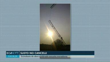 Guindaste de obra quebra e assusta moradores - Parte da estrutura ficou pendurada. O acidente aconteceu em uma obra no bairro Cancelli.