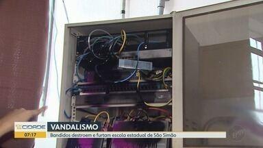 Furto deixa 800 alunos sem aula em escola estadual de São Simão, SP - Polícia Militar informou que fará mudanças no patrulhamento policial na região.