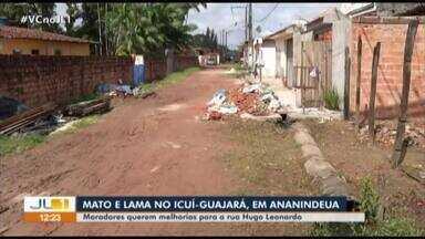 Moradores pedem saneamento básico na rua Hugo Leonardo, no Icuí Guajará, em Ananindeua - Rua não tem asfalto, calçadas e o esgoto está à céu aberto