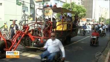 Caminhada reforça importância da inclusão da pessoa com deficiência - Ações fazem parte da programação do dia Mundial, celebrado dia 21