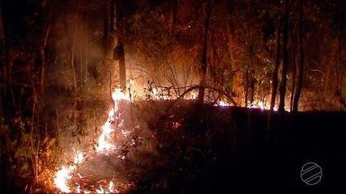 Incêndio na Serra Tapirapuã já dura quase 10 dias - Incêndio na Serra Tapirapuã já dura quase 10 dias