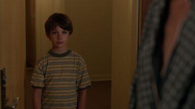 Victor - Lena acusa Camille de machucá-la e vai parar no hospital. Rowan descobre que Tommy esconde um segredo.