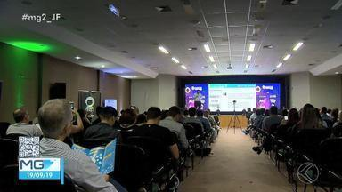Evento On Marketing mobiliza profissionais do segmento em Juiz de Fora - Quarta edição contou com participação do analista da TV Globo, Bernardo Tadeu.