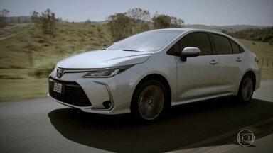 Saiba o que mudou no novo Toyota Corolla - Famoso sedã ganhou nova geração no Brasil e virou híbrido.