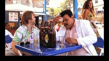 Favela Tour - Boi se prepara para receber o amigo gringo de Vânia e Junior e aproveita para praticar inglês. Marco fica com ciúmes, pois Michelle está decidida a se lançar com um funk gringo.