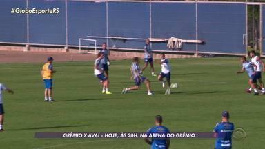 Maicon e Léo Moura podem voltar ao time do Grêmio contra o Avaí - Assista ao vídeo.