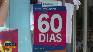 Comércio de Ponta Grossa inicia recuperação tímida - Segundo o Sindilojas as retiradas de FGTS têm ajudado no aquecimento das vendas.