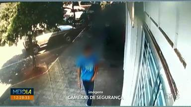 Bandidos roubam relojoaria durante a tarde - Assaltantes colocaram jóias na mochila; crime foi em Moreira Sales.