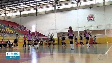 Jogos Infantis recebem crianças e adolescentes em disputas esportivas - São 10 modalidades que estão movimentando as praças de Dracena.