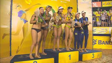 Agatha e Duda levam ouro na etapa de Vila Velha-ES do Circuito Brasileiro - Elas fecharam a campanha de forma invicta e derrotaram Ana Patrícia e Rebecca na final por 2 sets a 0.