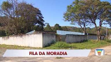 Cidades da região terão unidades construídas pela CDHU - Espera e longa para moradora de Paraibuna; veja história.