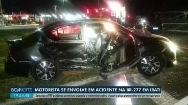Em Irati, acidente deixa três pessoas feridas - Colisão aconteceu na BR-277 depois que carro tentou cruzar a rodovia para acessar um restaurante às margens da rodovia.
