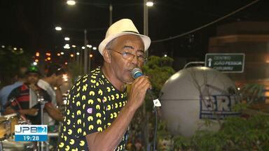 Morreu o vocalista de vários grupos musicais de CG, Henrique do Vale - Henrique tinha 62 anos de idade e morreu vítima de um câncer.