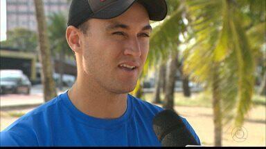 Paraibano George fala do título na 1ª etapa do Circuito Brasileiro de vôlei de praia - Ao lado do capixaba André, George subiu no lugar mais alto do pódio no Espírito Santo
