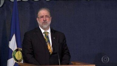 Augusto Aras toma posse na Procuradoria-Geral da República - Ele disse esperar que o MP seja um dos melhores instrumentos para induzir o desenvolvimento da economia. E prometeu combate intransigente à corrupção.