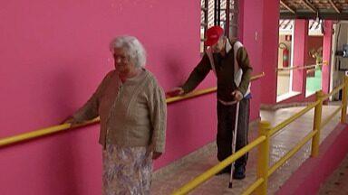 Instituto de Mogi acolhe idosos e desenvolve atividades - Para ajudar a casa 'São Vicente de Paulo' basta levar as doações na Rua São João, 792, no centro de Mogi das Cruzes.
